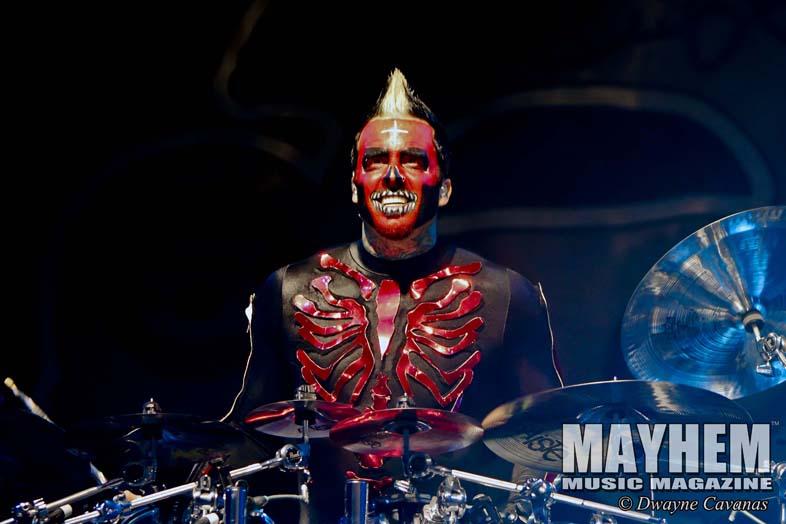 mayhem-music-magazine-five-finger-death-punch_054